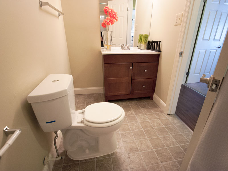 the-meadows-bathroom-2jpg