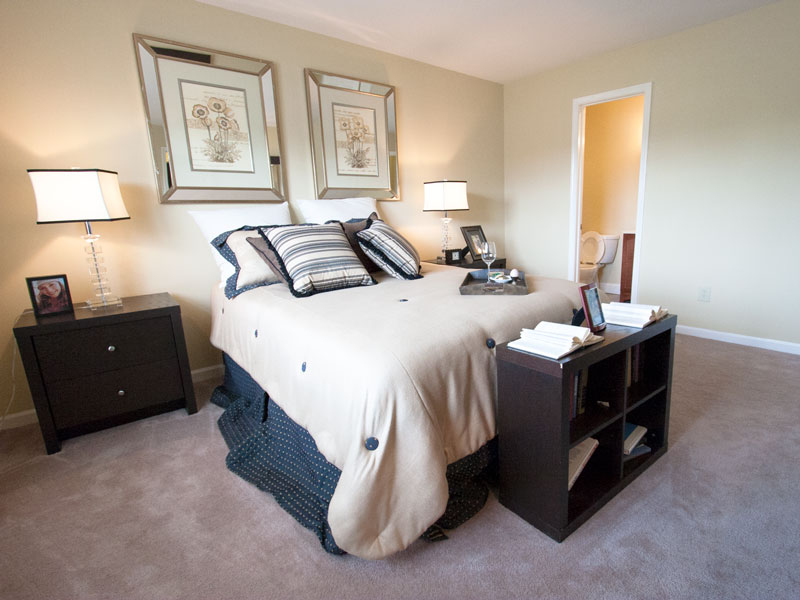 the-meadows-master-bedroom-2jpg