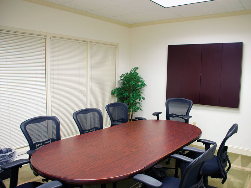 executive-suites-conference-roomjpg