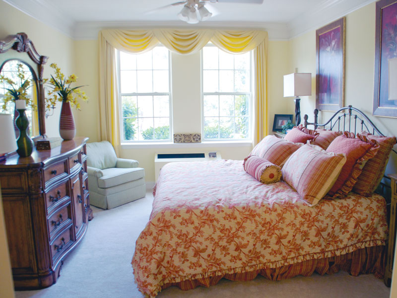 whitehall-bedroom-1jpg