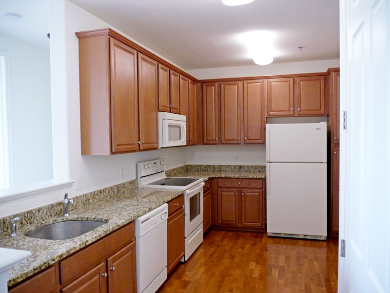 whithehall-kitchen2jpg