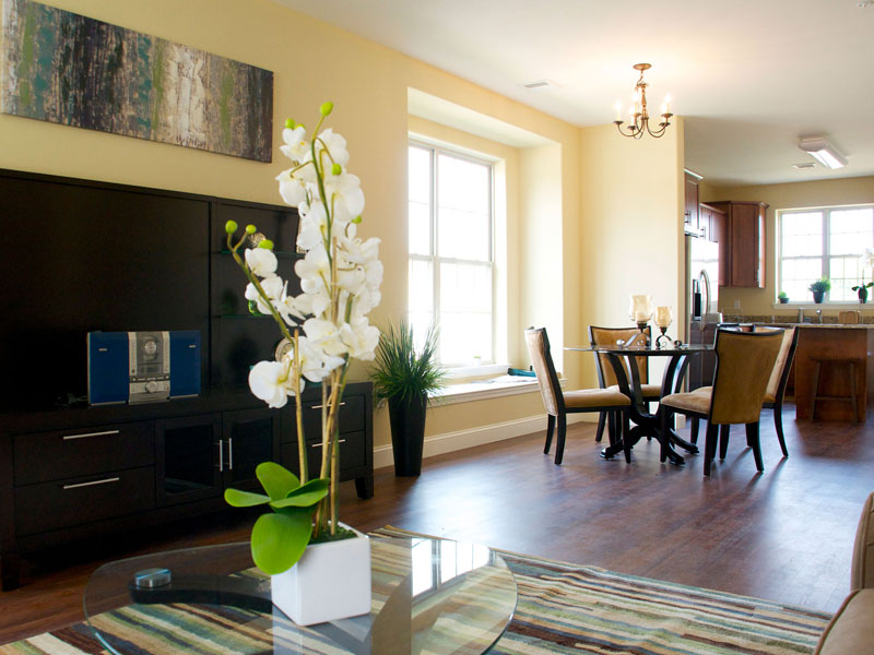 east-hills-family-room-2jpg